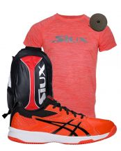 PACK ASICS COURT SLIDE CLAY NARANJA, MOCHILA SIUX TRAIL ROJA Y CAMISETA SIUX SPECIAL CORAL FLUOR VIGORE